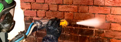picture of brick restoration cleaning removing dirt of bricks in london